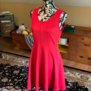 Red sleeveless dress, fit and flair L